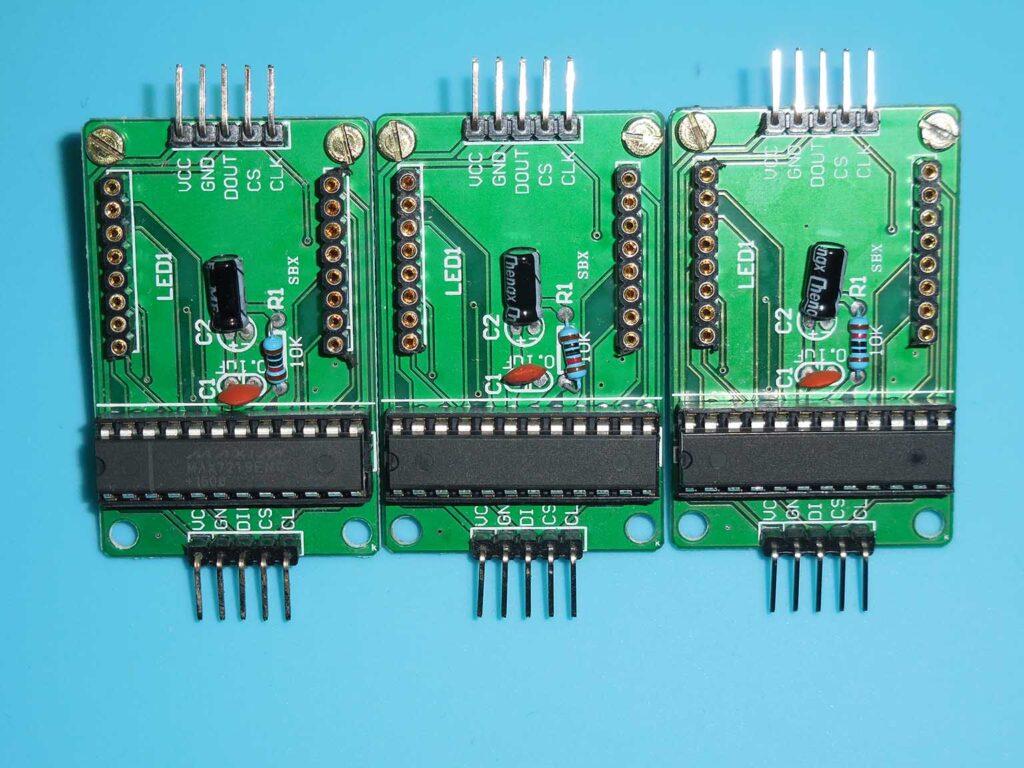 Figura 6: Módulo sem o display matriz de LEDs para instalação de parafusos de fixação