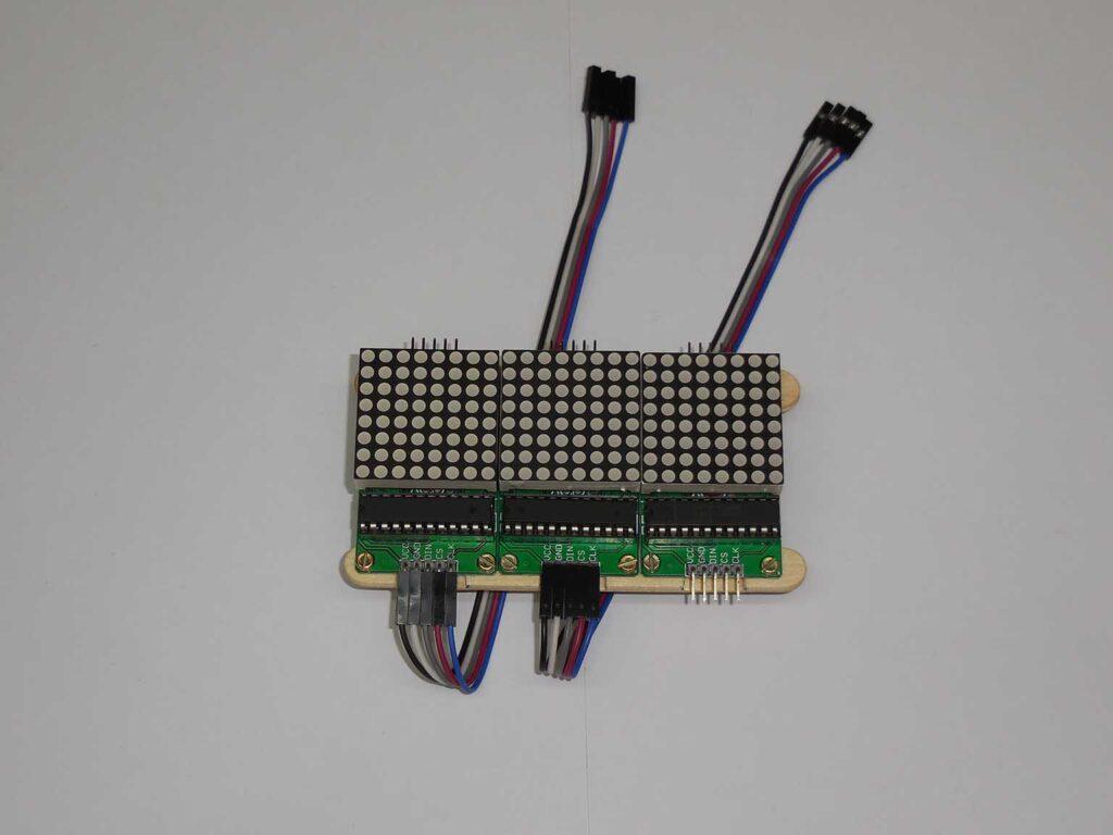 Figura 11: Instalação da fiação de interconexão dos módulos
